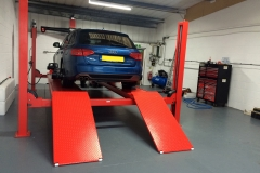 Hunter Hawkeye Elite TD four-wheel alignment on Audi A4 estate