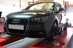 Hunter Hawkeye Elite TD four-wheel alignment on Audi A1